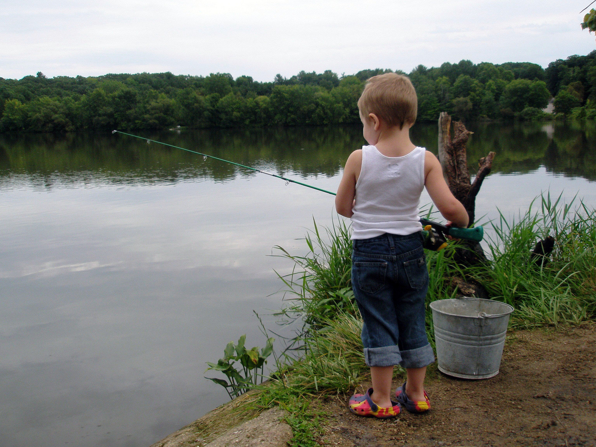 Getting children unplugged and outdoors at camp active for Fishing camps for kids