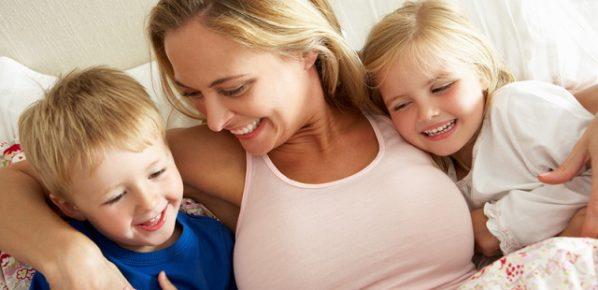 mum-kids-in-bed-blog2