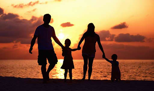 cropped-family_sunset1